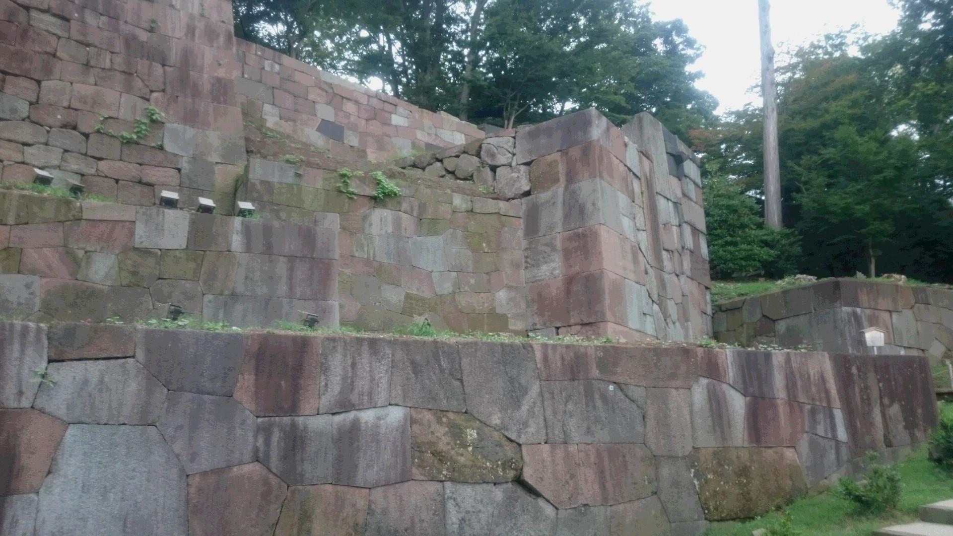 練馬区、中村橋・富士見台、サヤン鍼灸院・接骨院、金沢、玉泉院の石垣