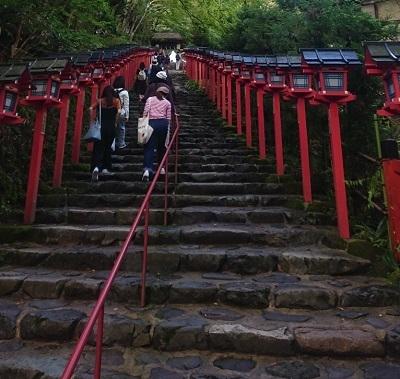 練馬区、中村橋・富士見台、サヤン鍼灸院・接骨院ブログ、貴船神社階段