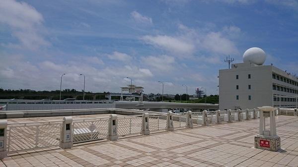 練馬区、中村橋・富士見台、サヤン鍼灸院・接骨院ブログ、那覇空港のデッキ